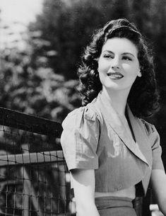 """beauvelvet: """" """"Ava Gardner in """" """" Old Hollywood Stars, Hollywood Icons, Old Hollywood Glamour, Golden Age Of Hollywood, Vintage Glamour, Vintage Hollywood, Vintage Beauty, Hollywood Actresses, Classic Hollywood"""