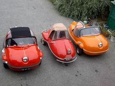 An assortment of Avolettes; The Société Air Tourist company, with its little factory at Paris in the rue de Ponthieu, began production of a small three-wheeled car in Production probably never progressed beyond the prototype stage and ended in 1958 Microcar, Bugatti, Auto Retro, Weird Cars, Cute Cars, Unique Cars, Small Cars, Car Humor, Scooters