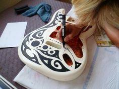 Guitare posca paint
