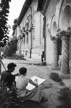 GALERIE FOTO Bucureştiul în 1956. Cum arăta oraşul după primii ani de comunism | ActiveNews Old Pictures, Old Photos, Vintage Photos, Paris, Bucharest Romania, Old City, Time Travel, Anna, Memories