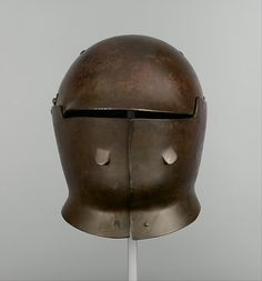 1a528bbfa84 This helmet was designed by Dr. Bashford Dean between 1917 and 1918 as part  of