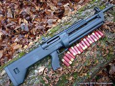 SRM 1216 semi auto 12 ga shotgun has 4 rotating  magazines that hold 4 rounds each.