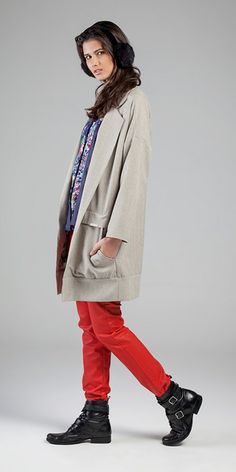 Casaco - Linen Australis e Voil de Malha Printed /// Camisa - Voil de Viscose Photocromia Printed 009/01 e Linen Lustrous /// Calça - Indileather® Twilled 10,3 oz   #aspectosdelinho #micropadronagens #oversize #jeanswear #coatings #microtexturas