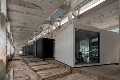 © Likyfoto Architects: O-OFFICE Architects Location: Shenzhen, Guangdong, China Area: 2,963 sqm Year: 2014 Photographs: Likyfoto ©