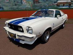 1976-Ford-Mustang-Cobra-II