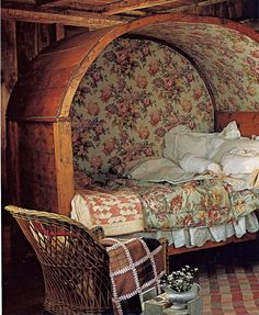 Irish covered bed (box bed)