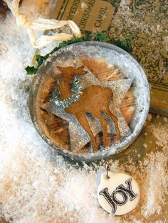 Grunged Reindeer Tag...with sparkly star & tinsel...by Shelly Hickox.