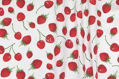 Dekorační látka- FRAISE, červené plody - Šíře: 140cm - Dekoratex.cz