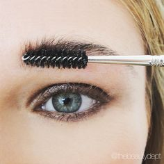 This might be the sexiest brow style out there. Click on this picture to go against the grain and check it out!