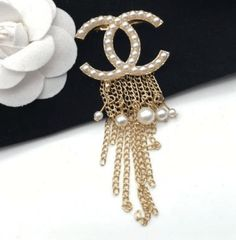 Diamante Crystal Red Mushroom Brooch Pin Boutique Delicate Women Girls Xmas Gift