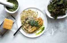 Njut av pasta med grönkålspesto