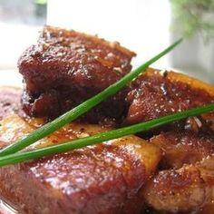 豚バラのバルサミコ煮+by+いとしのイギリスさん+|+レシピブログ+-+料理ブログのレシピ満載! バルサミコ酢を使って、豚バラ肉を美味しく香りよく仕上げました。 放ったらかしで煮込んでる間にお酢は飛び、旨みだけが残ります。 時間が美味しくしてくれるお料理です。 簡単なので、ぜひ、お試しくださ...
