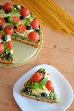 Włoski tort makaronowy Caprese Salad, Avocado Toast, Feta, Breakfast, Finger Food, Morning Coffee, Insalata Caprese, Morning Breakfast
