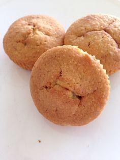 Lunch muffin met Brinta, lekker voor kinderen tussen de middag   Recept - 150 gr. zelfrijzend bakmeel - 80 gr. basterdsuiker - 150 gr. boter - 4 el brinta - el melk - tl vanille essence - 3 eieren  Oven voorverwarmen op 175gr.  Alles met elkaar mixen, niet te luchtig. In muffinvormen doen, vullen voor 2/3 en bakken in 25 min.