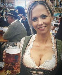 German Women, German Girls, Mass Bier, Octoberfest Girls, German Beer Festival, German Costume, Beer Girl, Folk Festival, Ale