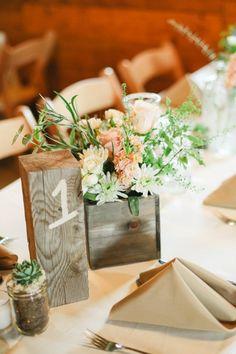 Números para las mesas con madera                                                                                                                                                                                 Más