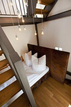 Idealnie położona gładź gliniana w starej latarni morskiej w Dagebuell, która w tej chwili służy jako hotel. Conlino by Conluto www.dom-z-natury.pl