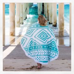 R O U N D. B E A C H. T O W E L - our unique design will make the perfect Christmas gift for any beach or poolside lover.. Also available in a poncho style... As seen in Who weekly this week  #sococo #superfoodskincare #sococoskincare #coconutoil #coconut #affordable #sydney #australia #wanderlust #dreamer #adventureisbeauty #gettheglow #beauty #skincare #summer2015 #roundbeachtowel #poncho #roundbeachtowelponcho #musthaves #summeressentials #beach #summer #natural #organic