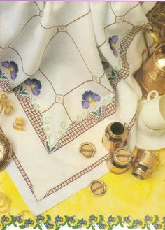 Cross Stitch Borders, Table Linens, Embroidery Stitches, Needlepoint, Projects To Try, 1, Album, Pillows, Color