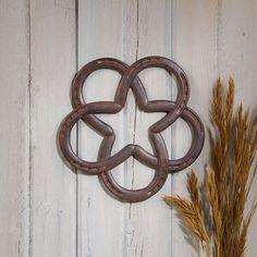 Horseshoes Star Wreath 39374 | Buffalo Trader Online