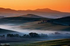 Tuscany morning dream by AgrippinoSalerno agrippino salerno beautiful canon colors countryside fog green hills italia italy light morning pien Great Photographers, My Tumblr, Nature Reserve, New Pictures, Wonders Of The World, Countryside, Greece, Sunrise, Spain
