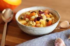 Jesenná minestrone - všetko čo nájdete doma v špajzi po taliansky Cantaloupe, Salsa, Mexican, Fruit, Ethnic Recipes, Food, Essen, Salsa Music, Meals