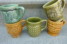 I vaguely remember coffee mugs like this in our kitchen when I was very small. Especially the turquoise one.