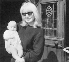 Cynthia Lennon with infant Julian Lennon. Born April 1963 - he is 50 yrs old now! Both the marriage of John and Cyn as well as the presence of Julian were kept secret for as long as could be from the press and Beatle fans. Julian Lennon, John Lennon Son, John Charles, Holding Baby, The Fab Four, Wife And Girlfriend, Ringo Starr, Jimi Hendrix, Paul Mccartney