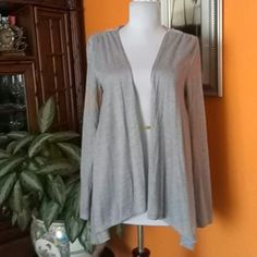 Cardigan Xhilaration Cardigan Xhilaration, 69%polyester,31%rayon,exclusive of decoration,grey color. Xhilaration Sweaters Cardigans