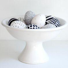 Ostereier schwarz weiß bemalen Ideen minimalistisch zu Ostern
