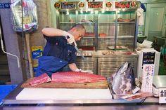 Mercado de pescado de Tsukiji (Tokio): el mejor sushi del mundo.