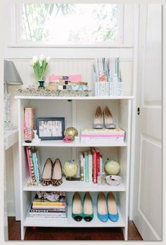 Why don't your consider displaying some favorite pairs of shoes with books and decorative objects in a bookshelf! belle maison: Lifestyle