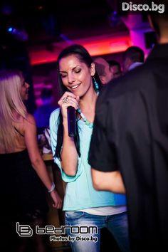 Disco.BG – :: Club BEDROOM Sofia BULGARIA presents KARAOKE Party Night with IGOR & IVAN 14.10.2013 ::