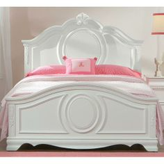 Buy our Jessica Full Panel Bed by Standard. The Jessica Full Panel features a beautiful white finish in a charming Victorian styling. Perfect furniture for your young lady's bedroom at Kids Furniture Warehouse Kids Bedroom Sets, Teen Girl Bedrooms, Childrens Bedroom, Bedroom Themes, Young Woman Bedroom, Muebles Shabby Chic, Full Bed, White Bedding, White Bedroom