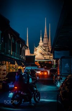 Wat Pho, Bangkok, Thailand by night Wat Pho, Bangkok Thailand, Big Ben, Explore, Night, Travel, Viajes, Exploring, Trips