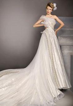 Blanka Matragi 30th Anniversary Haute Couture Wedding Dress (Model #52)