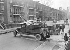 Moving day, Montreal, 1938History in Photos: Vintage Montreal