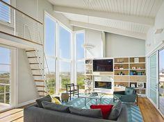 Avalon House by McCoubrey / Overholser