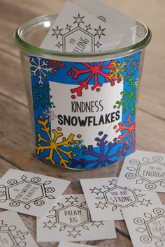 Snowball Games are fun for the whole family or classroom parties. Minute to Win it style games complete with directions for each game. Advent Calendar Activities, Kids Calendar, Eyfs Activities, Winter Activities, Science Activities, Toddler Activities, Snow Party, Grinch Party, Fun Christmas Games