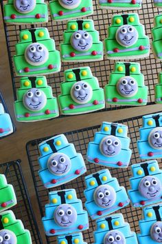 Thomas the Train / Percy (Wedding Cake Cookie Cutter)
