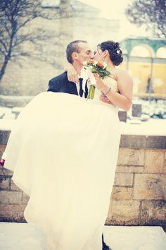Minnesota winter wedding :) Photo by Anna #Minnesota #weddings http://www.bellagala.com/wedding-photography/index.html