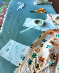 Have time for my next project and 'overkill'. Adding stay tape to every piece of my #larktee - loving this @cloud9fabrics 'sidewalk' can't wait to wear it #sewcialists #sewing #sewingprojectkrspdxlarktee,sewing,sewingproject,sewcialists