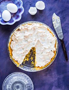 Tyrni-marenkipiirakka  K-Ruoka Baker Baker, Pizza, Baking, Desserts, Food, Tailgate Desserts, Deserts, Bakken, Essen