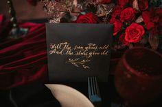 Vintage look, gold calligraphy, black paper, red roses, black candles, handmade ceramics, dark and moody photosession Gold Calligraphy, Black Candles, Black Paper, Vintage Looks, Red Roses, Aesthetics, Ceramics, Dark, Tableware