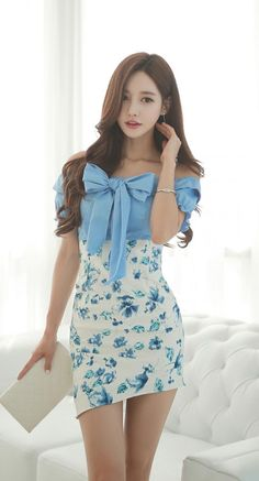 Great Blue Clothes from 50 of the Chic Blue Clothes collection is the most trending fashion outfit t Asian Fashion, Girl Fashion, Fashion Outfits, Womens Fashion, Fashion Trends, Trending Fashion, Fashion Today, Latest Fashion, Beautiful Asian Women