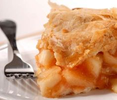 This is the best recipe for apple pie for those who want an old-fashioned, perfect tasting apple pie with a flaky crust.   Using fresh apples, a homemade pie crust recipe, and the perfect blend of spices...more at Bumpin.me
