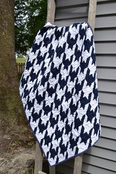 Tula Pink Sew Along: Houndstooth As seen on Sewing with Nancy ... : tula pink houndstooth quilt pattern - Adamdwight.com