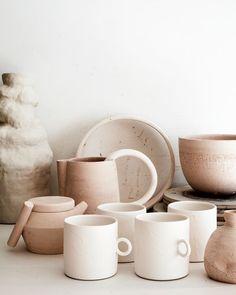 Home Interior Farmhouse Claudia Lau The Design Files Design Blog, The Design Files, Zen Design, Ceramic Pottery, Ceramic Art, Ceramic Tableware, Ceramic Mugs, Stoneware Mugs, Pottery Mugs