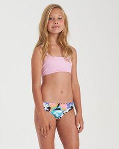 Billabong And On Tali Young Girl Fashion, Preteen Girls Fashion, Little Girl Swimsuits, Bikini Girls, Sexy Bikini, Girls Dresses Tween, Girls Sports Clothes, High Neck Bikini Set, Billabong Girls