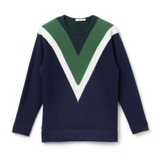 Lacoste Chevron Graphic Wool Sweater (2.453.875 VND) ❤ liked on Polyvore featuring tops, sweaters, chevron tops, graphic tops, woolen sweater, wool sweaters and graphic design sweaters